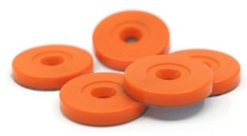Tag NFC en orange utilisé pour la gestion d'outillage